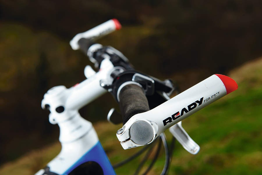 White carbon bar ends are retro-race-tastic!