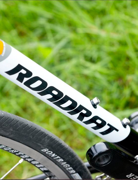 Lots of clearance for big rubber and mudguards