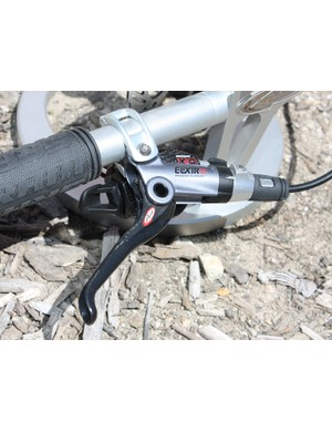 The CR Mag uses a forged magnesium lever body and a new carbon lever blade.