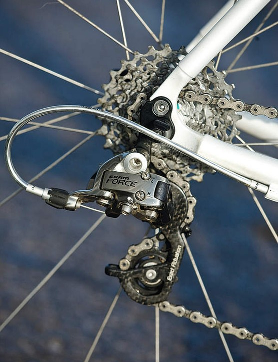 The Force derailleurs are excellent value on a bike of this price