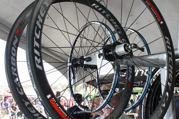 Ritchey have launched a new WCS-trumping Superlogic line which includes carbon tubular and clincher road wheels co-developed by Paul Lew