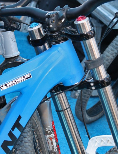 The new frame maintains the current edition's tapered head tube