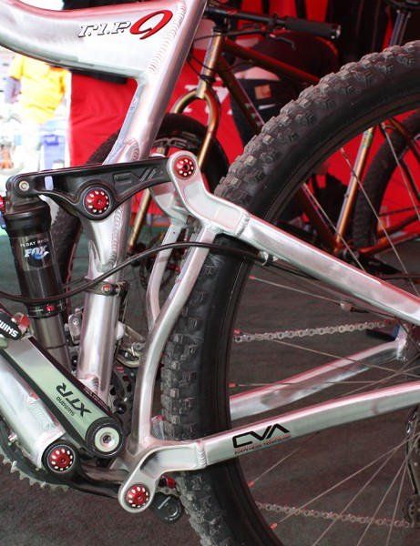 The rear end uses Niner's CVA dual-link suspension design