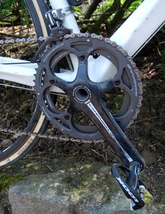 Pozzato used standard Record 11 crankarms for Paris-Roubaix…