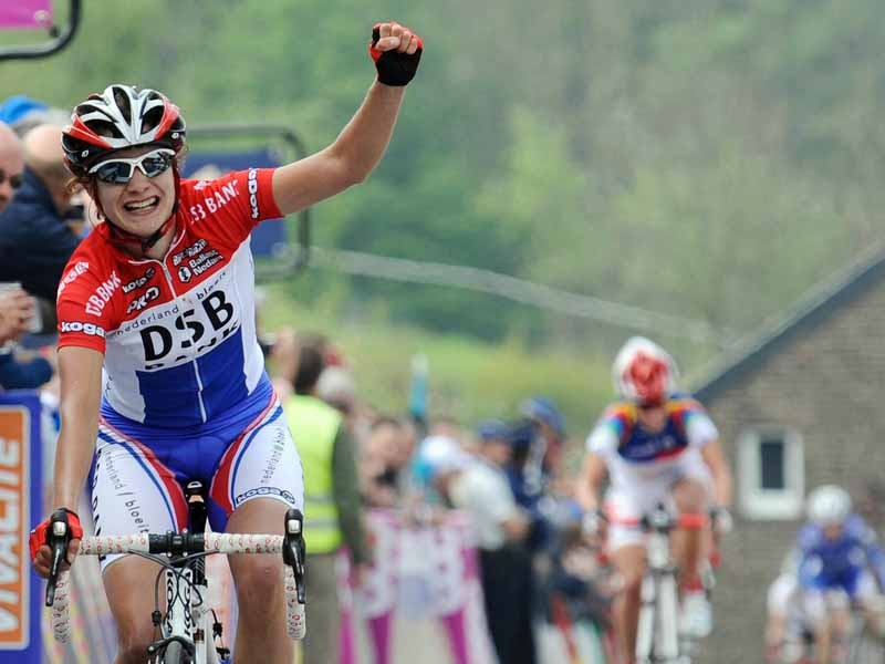 Marianne Vos wins the women's Fleche Wallonne for the third time in a row