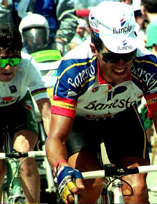 Italian Gianni Bugno (left) trails five-time Tour de France winner Miguel Indurain in the 1992 Tour