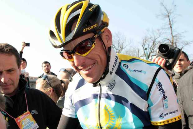 Lance Armstrong won't be missing the 2009 Tour de France after all.