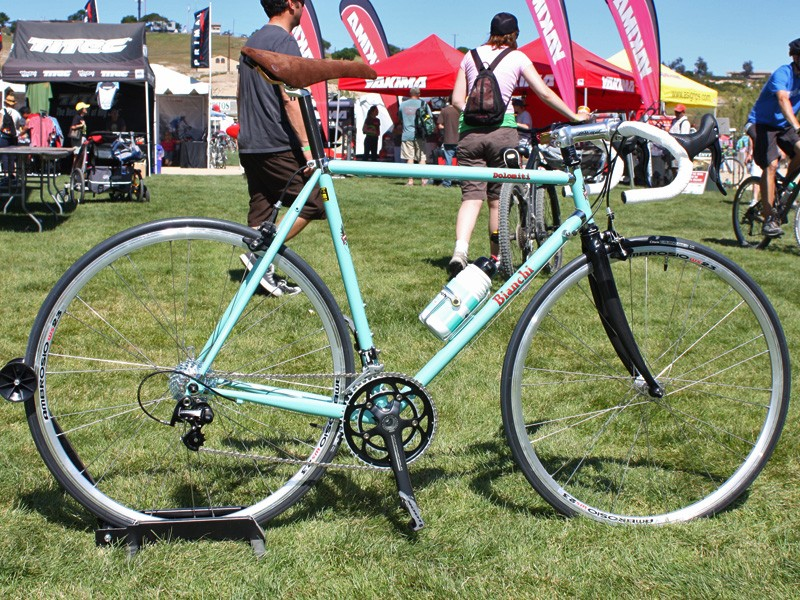 The Bianchi Dolomiti is a blend of old and new with Columbus Spirit steel tubes, chromed lugs and timeless styling