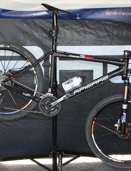 Lapierre's Race 900 adds another viable option in the carbon race hardtail market