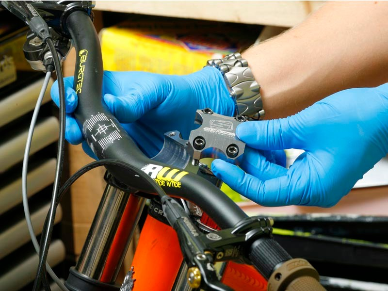 Free servicing at the Chain Reaction Cycles Bike Clinic
