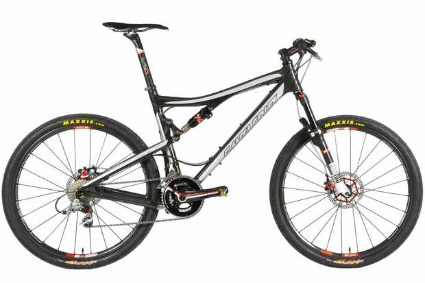 The custom Speedgoat Blur XC carbon bike.