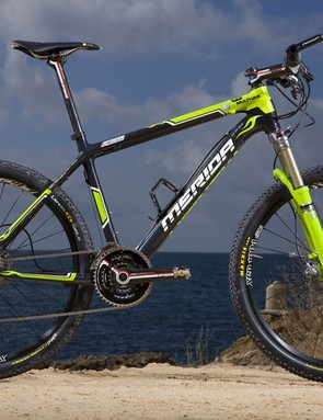 Merida's new 0.Nine carbon hardtail is the successor to the Carbon FLX and has a claimed frame weight of 930g