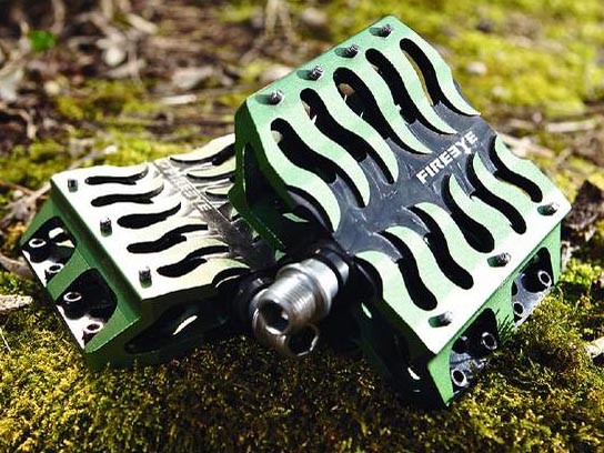Fireye Holy Grill Pedals