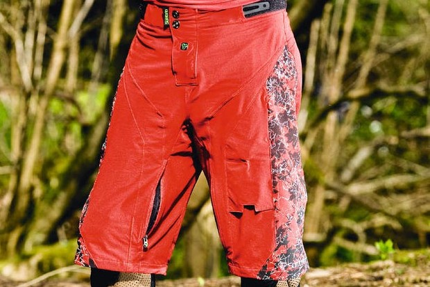 Sombrio Rev Moto Shorts