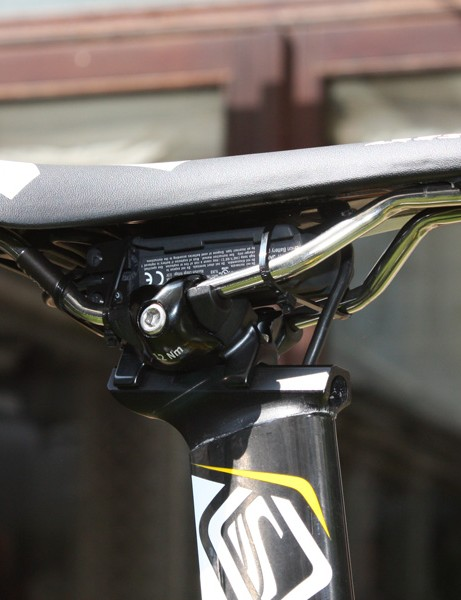 The battery is strapped in beneath the seat for now and the wire is internally run inside the seatpost.