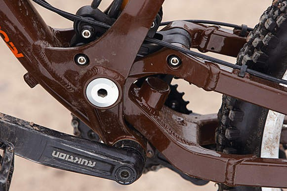 Commencal's Contact System is a work of art. Simple but effective