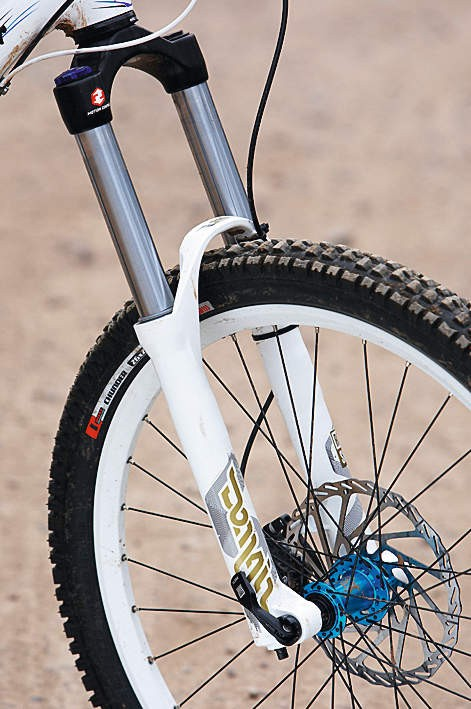 6c62c529a39 The RockShox Domain 318 fork offers 180mm of plush travel