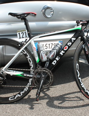 Danilo Di Luca (LPR Brakes-Farnese Vini) is using a new version of De Rosa's King 3 that is said to be 15 percent lighter and 18 percent stiffer than the current version.