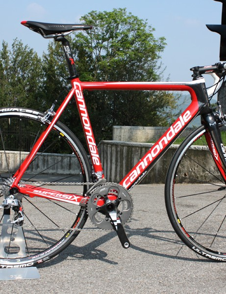 The SRAM Red-equipped version is - fittingly - covered in red paint.