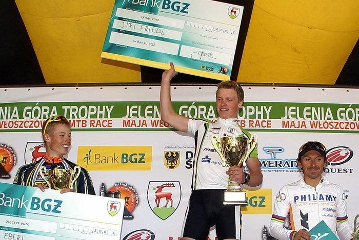 Czech rider Jiri Friedl topped the podium in the elite men's race, ahead of Filip Eberl and Miguel Martinez