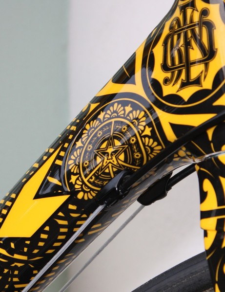 Like all SRAM-sponsored bikes at the Giro, Armstrong's bike was built with the company's new sealed cable system developed in conjunction with Gore