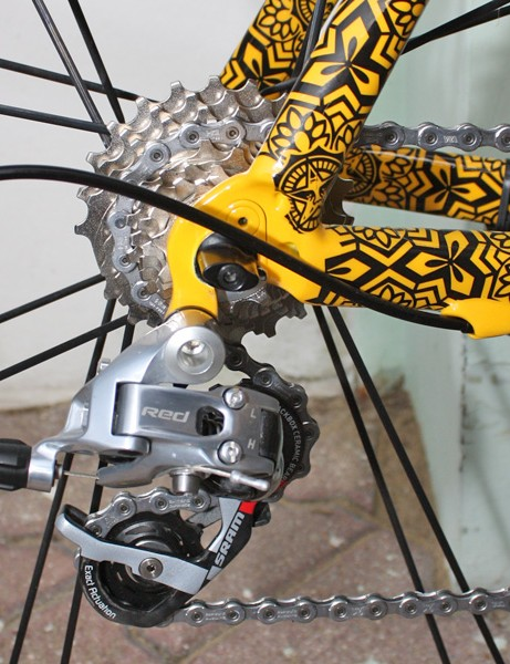 The SRAM Red rear derailleur is fixed to a replaceable hanger