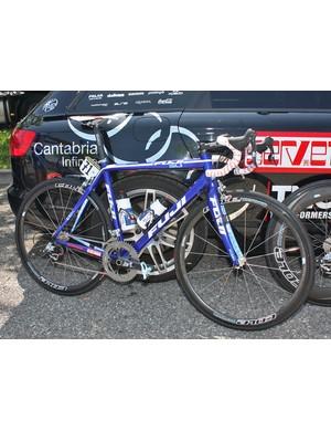 Fuji-Servetto are in the Giro d'Italia for the first time
