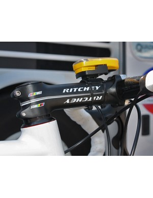 While Fuji-Servetto's stems go one way with their 26.0mm bar diameters, the Ritchey stems on Silence-Lotto's Canyons go the other with 31.8mm bar clamp sizes and a 1 1/4in steerer diameter