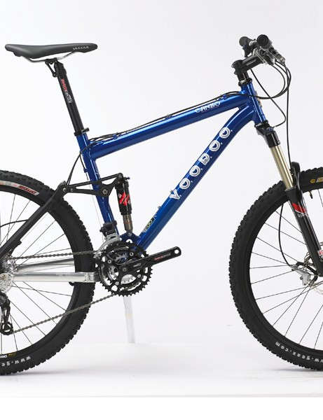 The Voodoo Canzo offers 130mm of travel through a four-bar linkage frame and RockShox Revelation fork