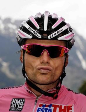 Danilo Di Luca sends kisses, but remember: he's still The Killer, Damiano.