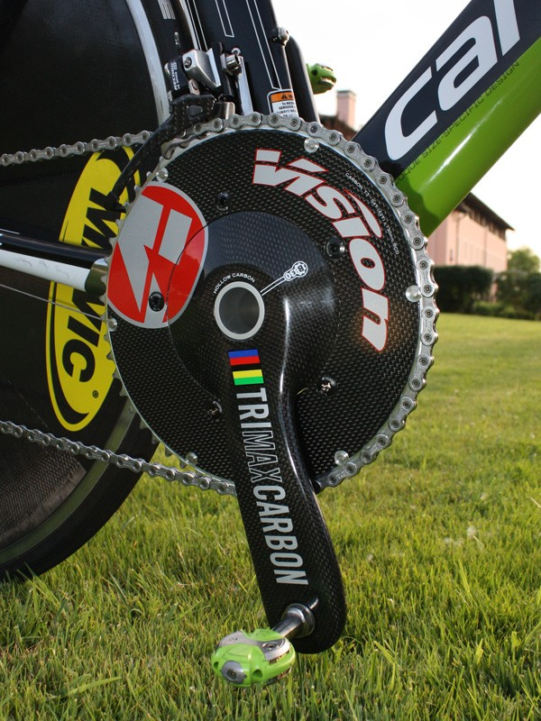 FSA's Neo Pro crankset will now be part of the Vision lineup and Basso is using a BB30 version here.
