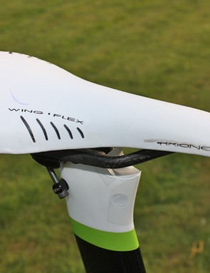 Basso's fi'zi:k Arione saddle has a specially shortened nose in order to meet UCI guidelines for minimum setback.