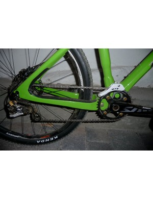 Shimano Saint crank and rear derailleur, held in place by MRP.