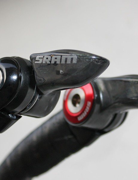 SRAM have provided Armstrong with a special set of their 1090-R2C shifters complete with bulbous levers instead of the usual flat bits.