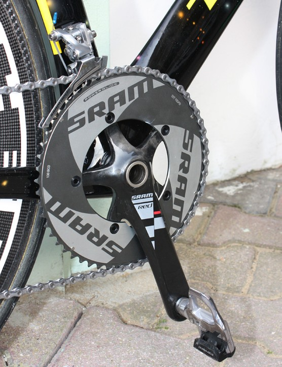 A giant 55T outer chainring is installed on the SRAM Red crankset.