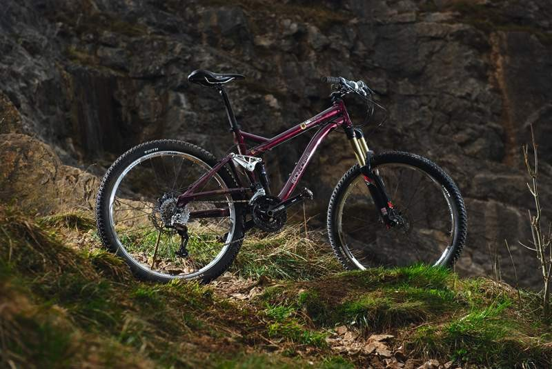 Iron Horse's trail bike gets a fair gallop on, but it's also easily spooked