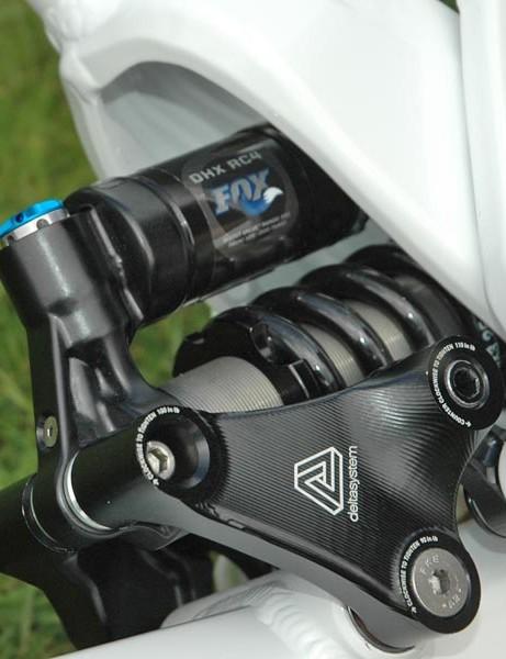 Fox DHX RC4 shock