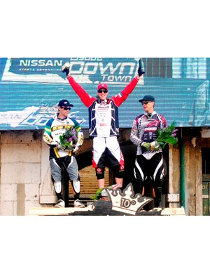 Steve Peat won this year's Nissan Lisboa Down Town - his eighth victory at the annual event