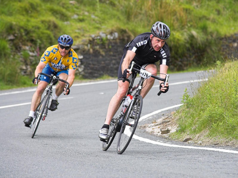Descending at speed is an important skill for a sportive