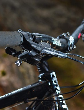 All Anthem X bikes  now come with proper  Race Face riser bars