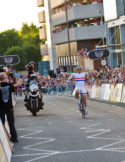 With four laps to go Dean Downing launched himself off the front and went on to take the win