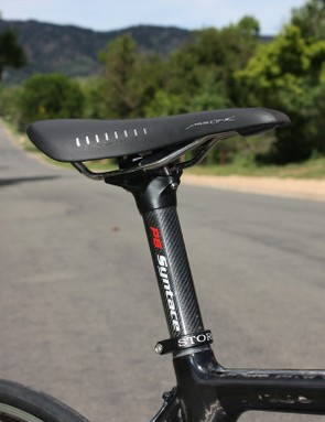 A Fizik Arione saddle is mounted atop Syntace's superb P6 seatpost