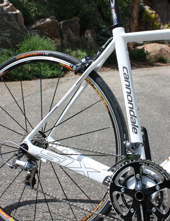The Six Carbon 3 frame uses a more conventional lug-and-overwrap construction method to attach the stays so they're not quite as stiff, smooth-riding or light as the higher-end SuperSix