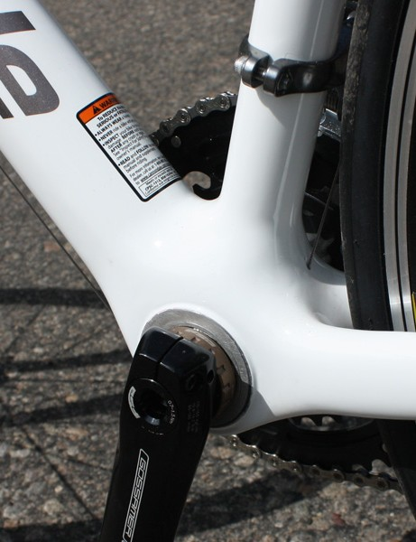 Our test bike came with a threaded bottom bracket shell adapter instead of the lighter and stiffer pure BB30 system