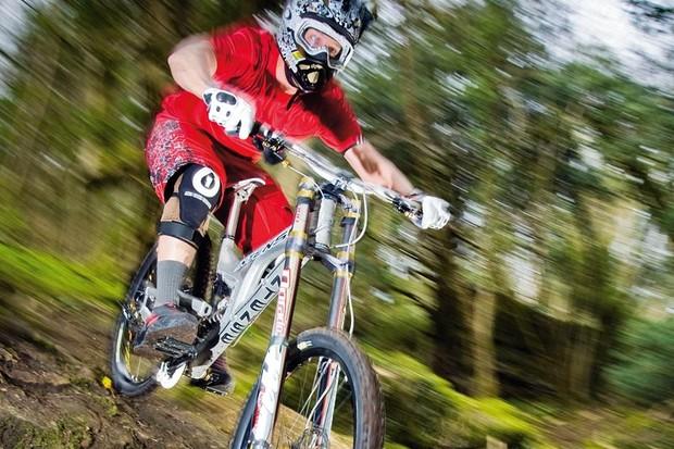 Intense M6 FRO downhill bike