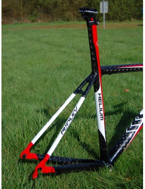 Large-diameter chain stays and slender seat stays presumably make for a stiff drivetrain and comfortable ride.