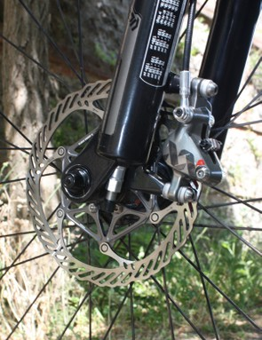 The Avid XX rotor uses a stainless steel brake track for proper stopping power but an alloy carrier for reduced weight.