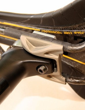 Fi'zi:k's new Cyrano seatpost is an elegant support for the carbon hull and rails of the new Antares 00 saddle.