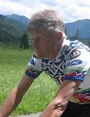 Lindsay Crawford, somewhere in Europe looking for his helmet.