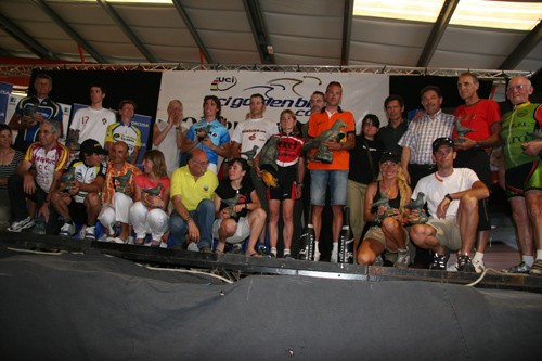 Quebrantahuesos category winners from 2008. I'm at the far left in blue UCI Golden Bike jersey.